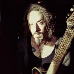 Richie Kotzen, jeden z nejlepších světových kytaristů, zahraje tento čtvrtek v Praze