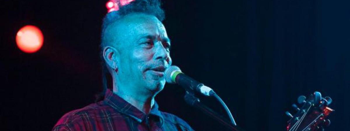 Zemřel zakladatel a zpěvák Faith No More Chuck Mosley